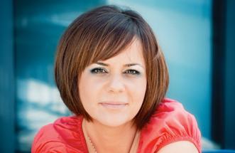 Buna! Eu sunt Irina, mama la 40 de ani.